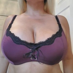 Frederick's of Hollywood 40DDD/F Bra